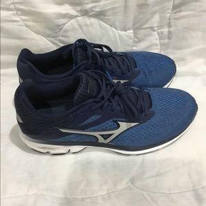 Mizuno Waverider 23 running shoes